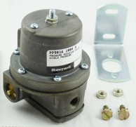 "Honeywell PP901A1004 Pneumatic Adjustable Pressure Reducing Valve 45-150 PSI 1/4"" NPT Inlet 1/8"" Gauge Connection"